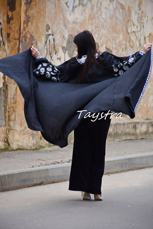 Embroidered Arabic Dress, Linen Embroidered Dress in Oriental style, Arabic Style, Abaya Embroidered Linen