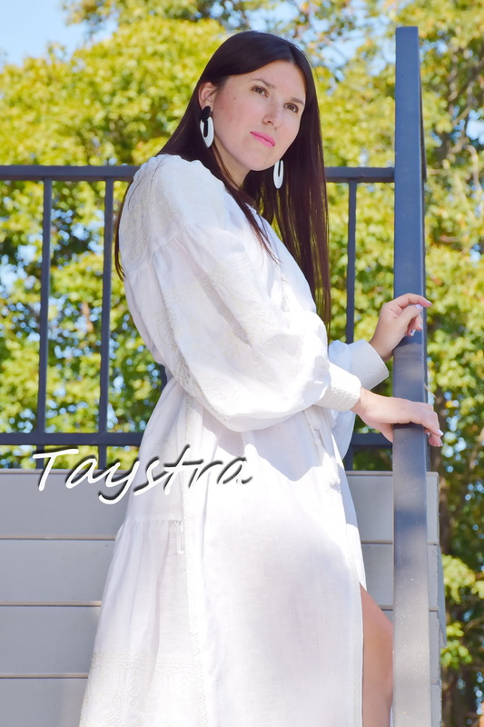 White Linen Dress ethno style boho chic Bohemian Vyshyvanka Ukrainian embroidery