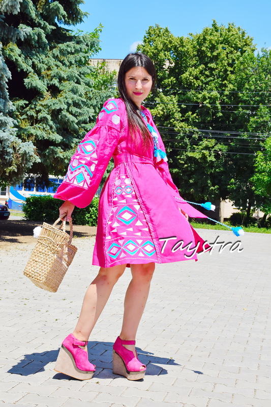 Short  Dress Embroidered Vyshyvanka Pink Dress Embroidery Linen Mini Dress Rose