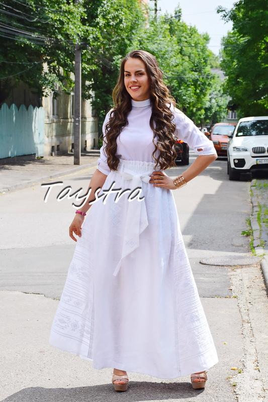 Skirt Embroidered White Vyshyvanka Embroidered Wedges, boho ethno style Ukrainian embroidery