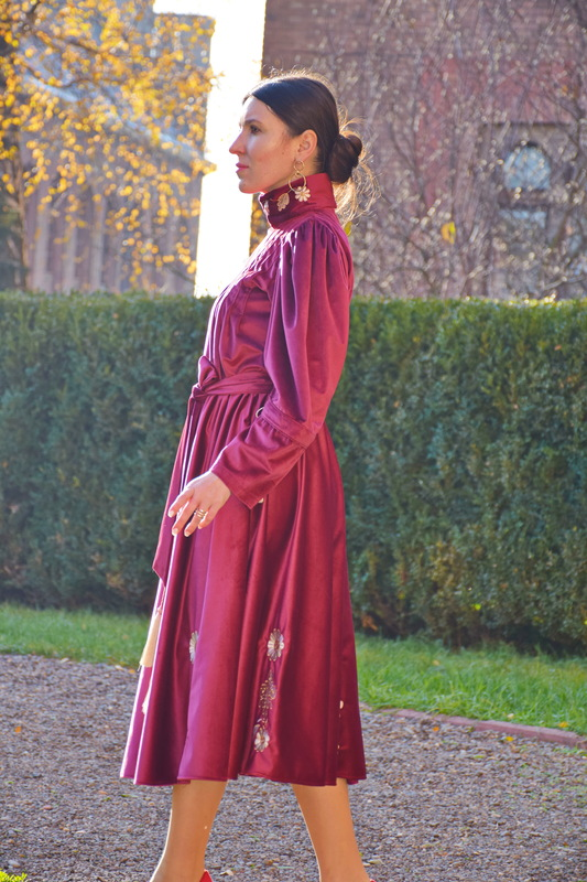Velvet Dress Vyshyvanka, Ukrainian Stylish Velvet Dress Design, Exclusive Embroidery