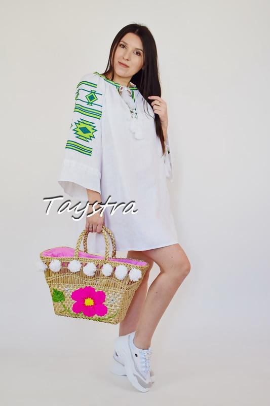 Tunic Vyshyvanka Short Dress Ukrainian embroidered Boho style