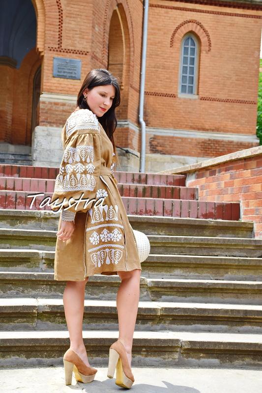 Embroidered dress style boho chic, Bohemian Vyshyvanka Dress Multi Color Embroidery Linen, Ukrainian embroidery Brown Dress