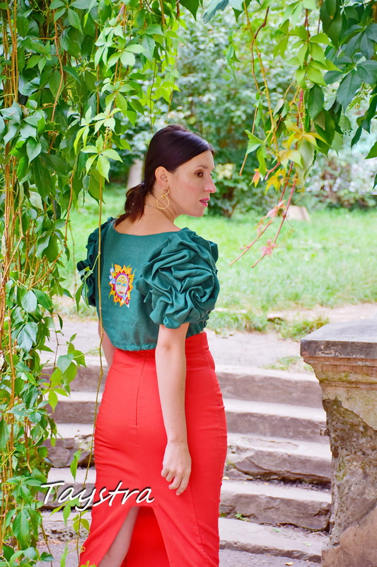 Linen Vyshyvanka, Embroidered clothes, Stylish Blouse, Green blouse-top