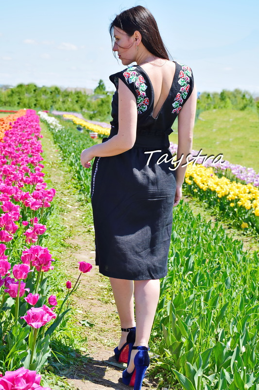 Black embroidered skirt, belt Skirt Embroidered Vyshyvanka Ukrainian embroidery boho ethno style