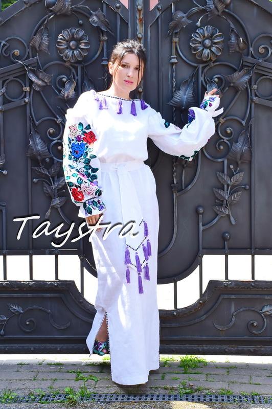 Embroidered Dress White linen Dress ethno style boho chic Bohemian Vyshyvanka Dress Ukrainian embroidery