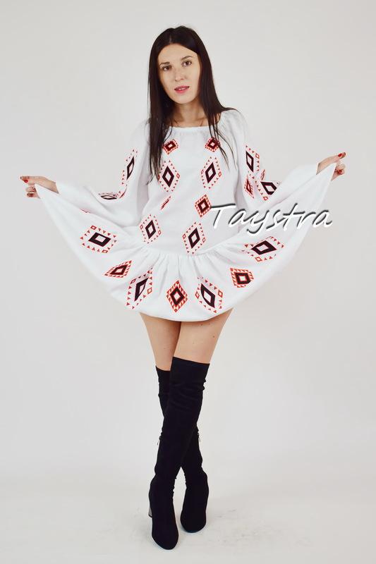 Dress Embroidered vyshyvanka Ukrainian embroidered dress, White Linen Dress