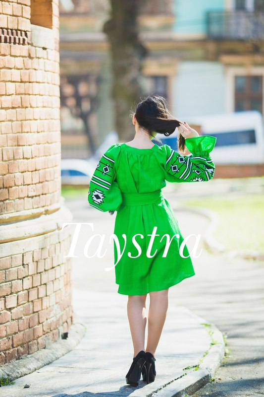 Short dress of Linen embroidered, embroidered Arabic Style, Boho style, Bohemian, ethno, tunic in Boho-style, Green Dress